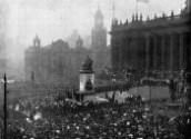 """""""Unveiling at Leeds Town Hall of a statue of Queen Victoria by the Lord Mayor, Mr. Edwin Woodhouse,"""" November 27, 1906."""