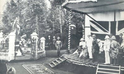 Unveiling of the statue of Queen Victoria in the Jeevanjee Gardens by the Duke and Duchess of Connaught, March 17, 1906.